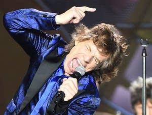 Mick Jagger vs. Steven Tyler: Match #60