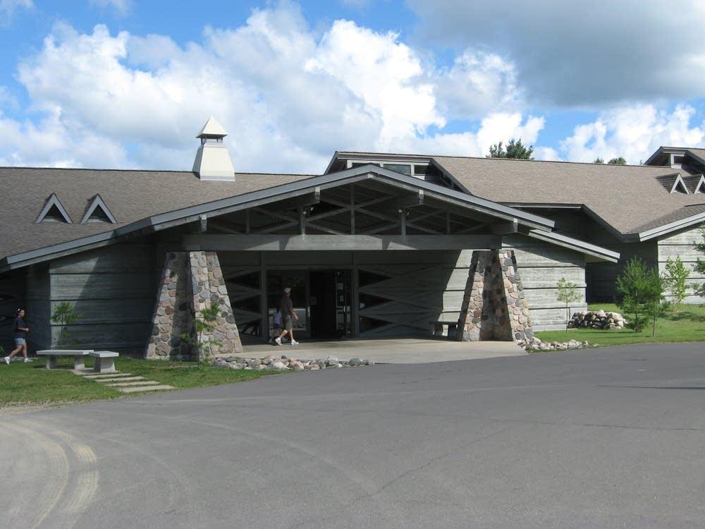 Wolf center