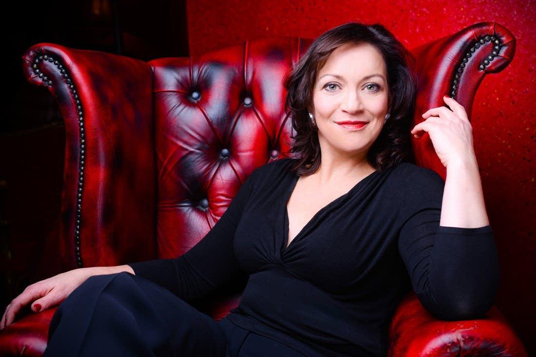 Katharine Goeldner, mezzo-soprano