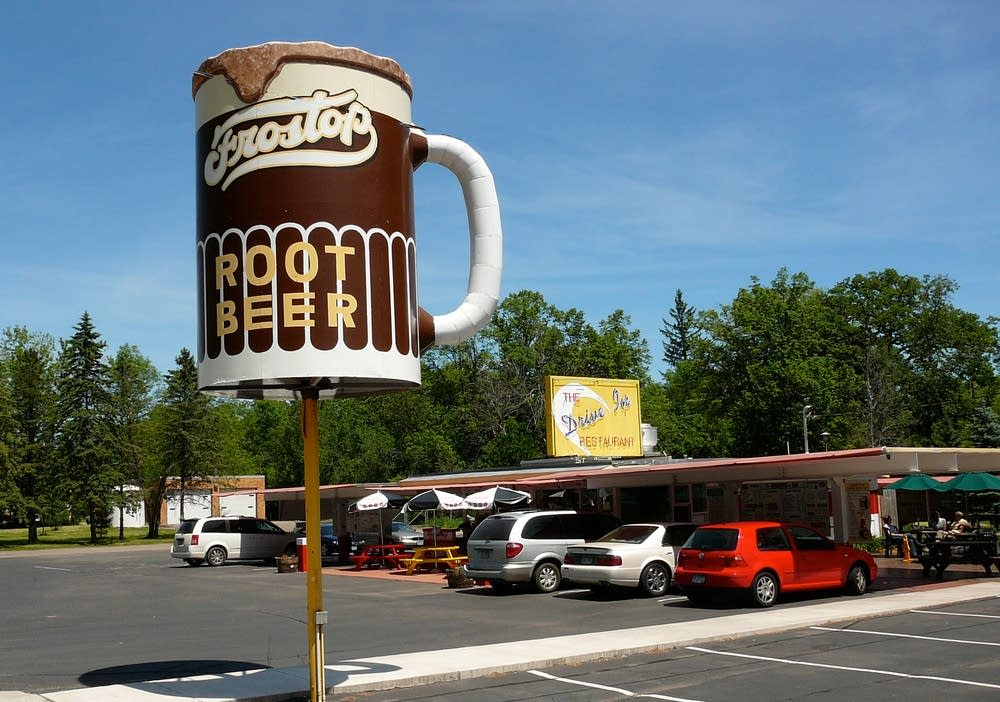 the drive in restaurant taylors falls