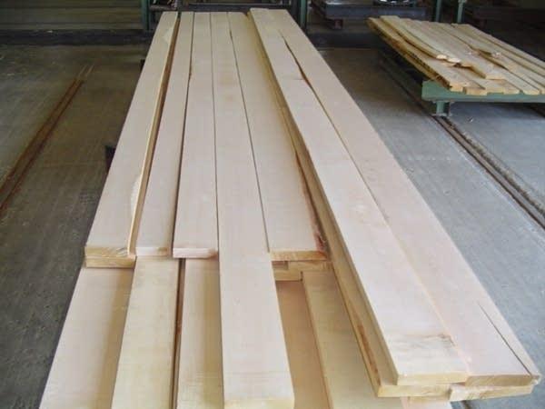 Birch lumber