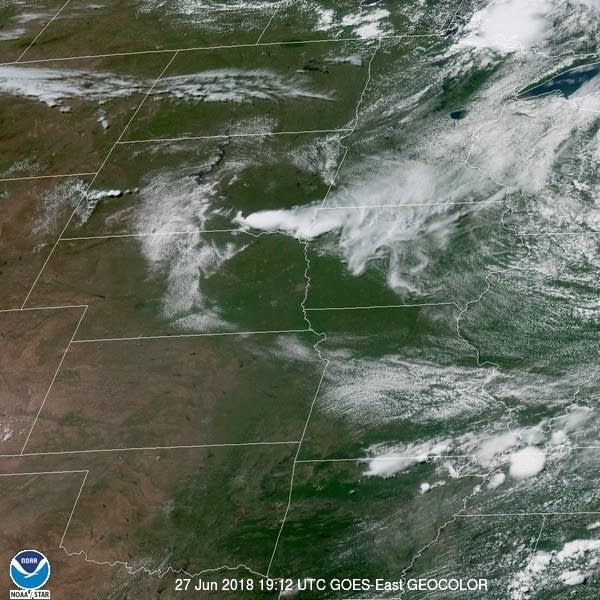 GOES-16 provides a true color view of the upper Mississippi Valley.
