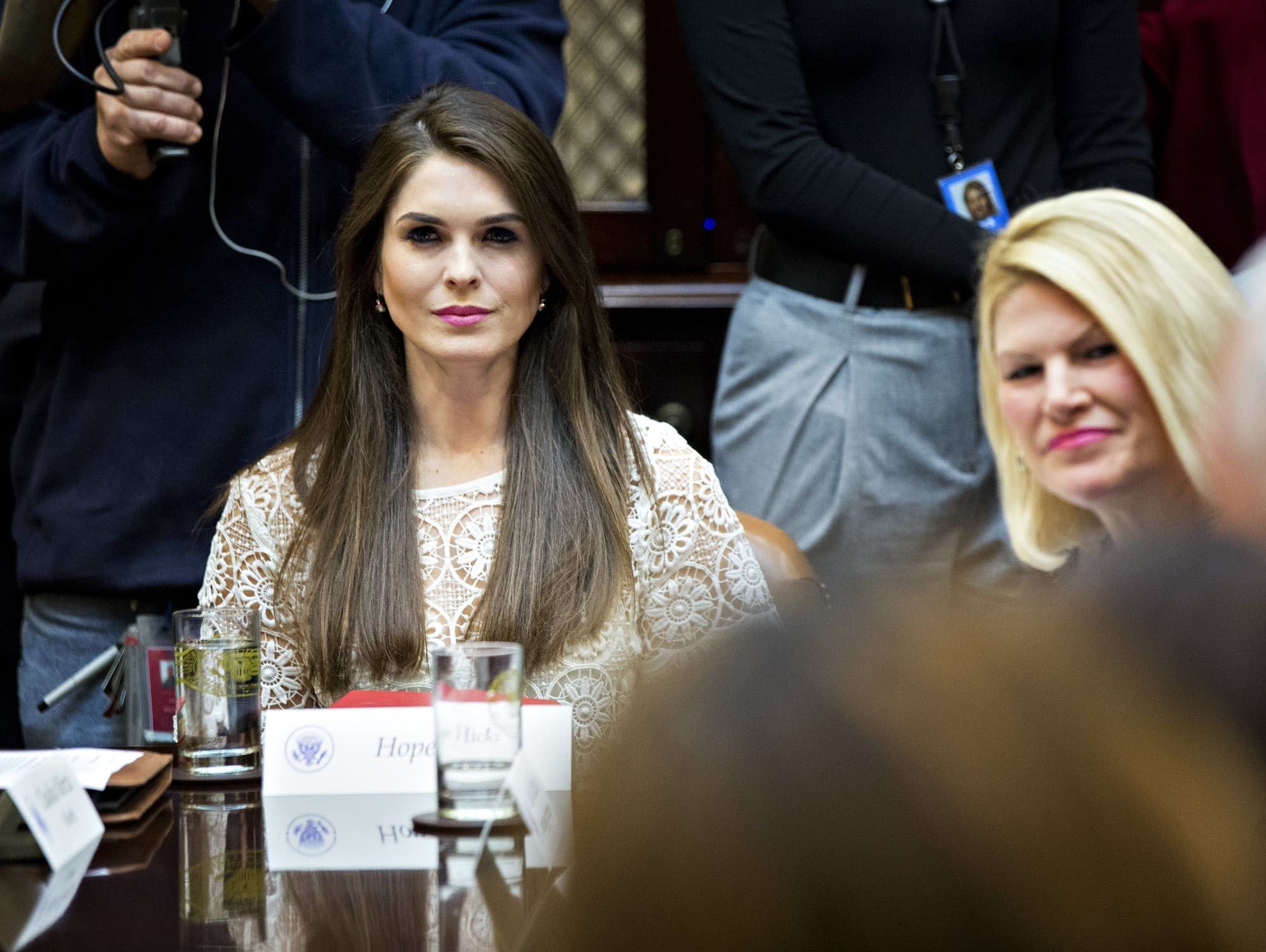 Hope Hicks named interim WH communications director