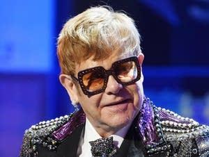 Elton John vs. Joan Jett: Match #17