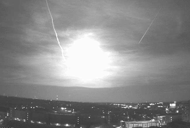 Meteor above Madison, Wis.