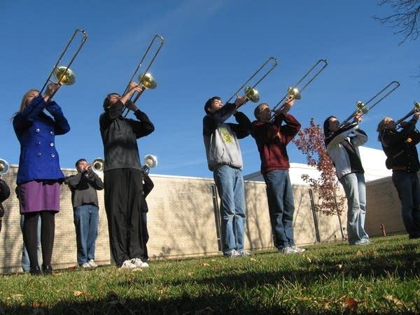Six trombones