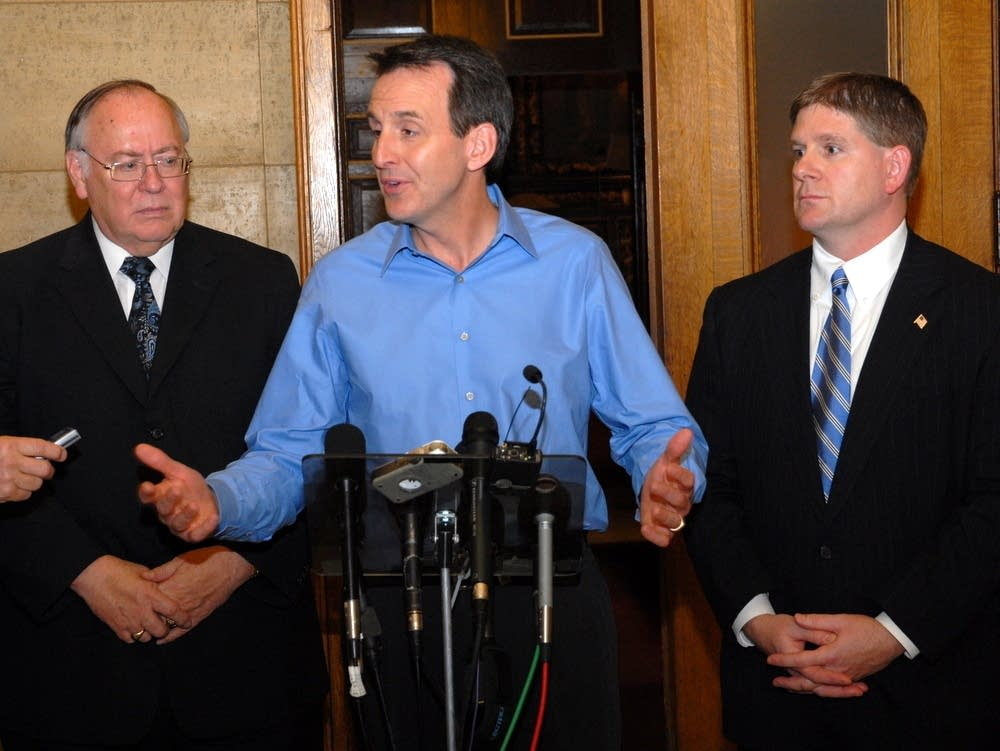 Pawlenty announces deal