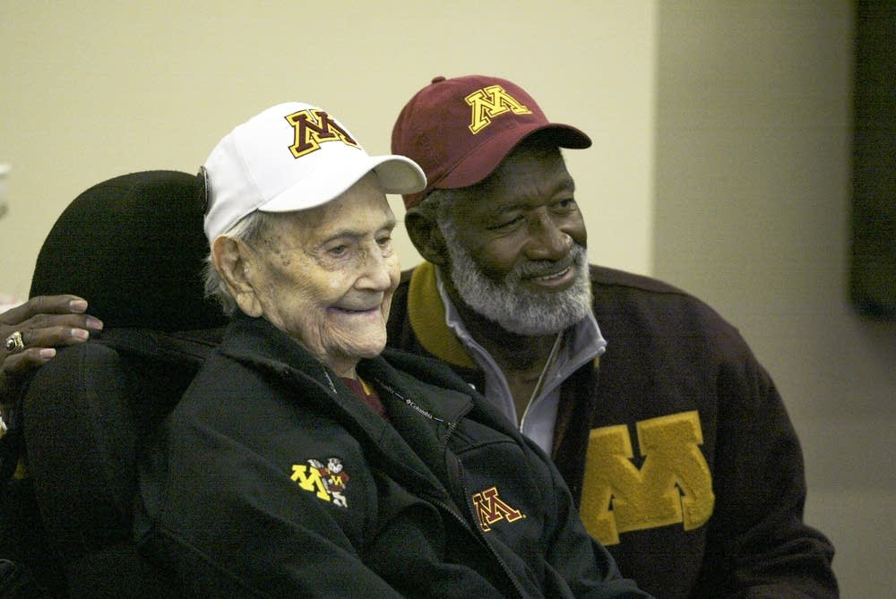 Bobby Bell, Murray Warmath