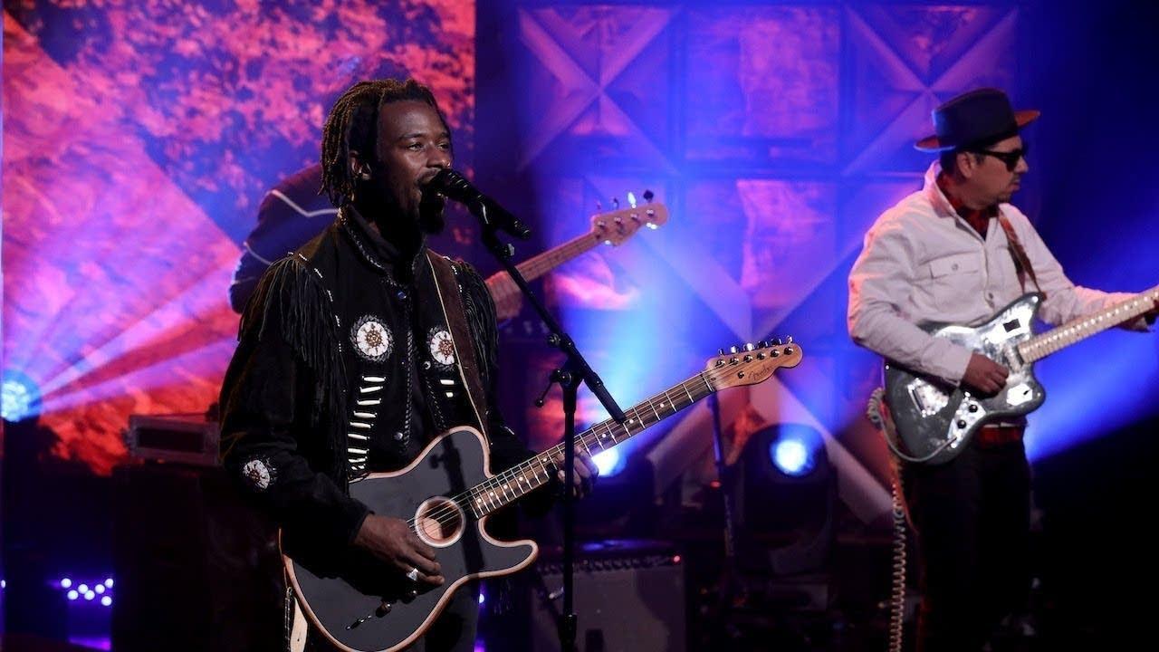 Black Pumas perform on 'The Ellen DeGeneres Show'