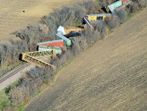 Approx. 10 train cars derailed outside Ellendale.