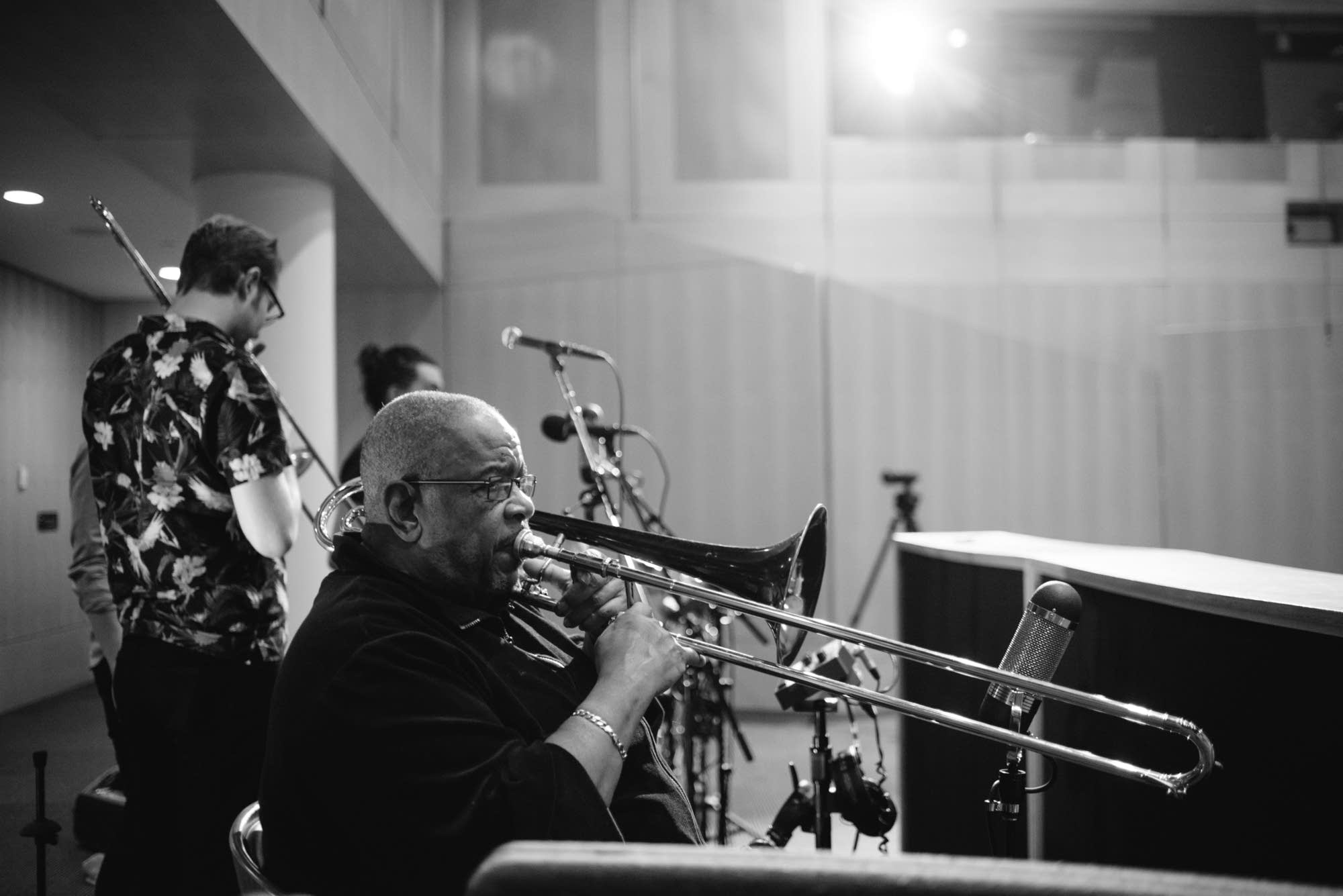 Fred Wesley sound-checks in the Forum at MPR