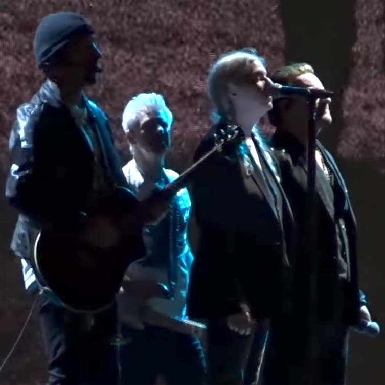 Patti Smith joins U2 onstage in Paris
