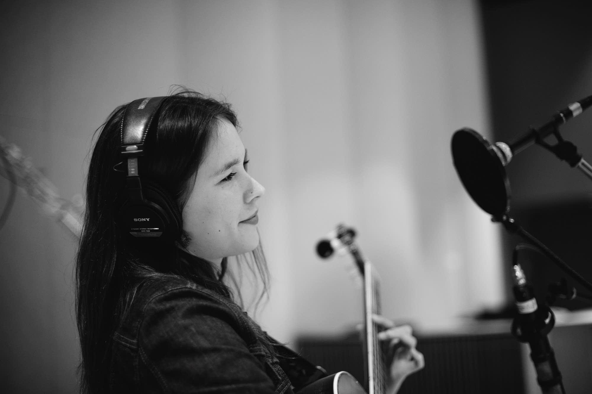 Radio Heartland Anna Stine
