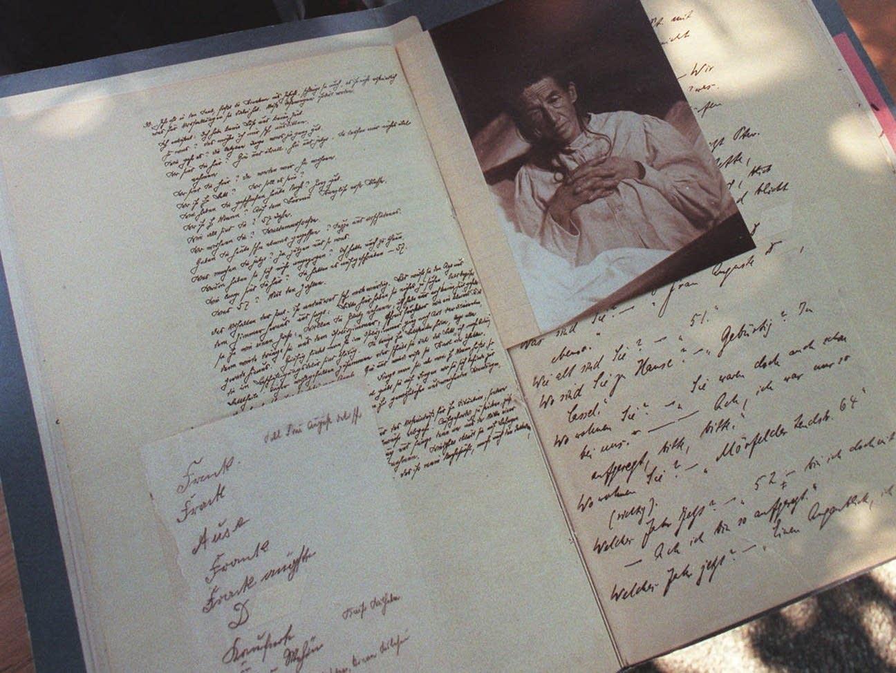 Dr. Alois Alzheimer medical file