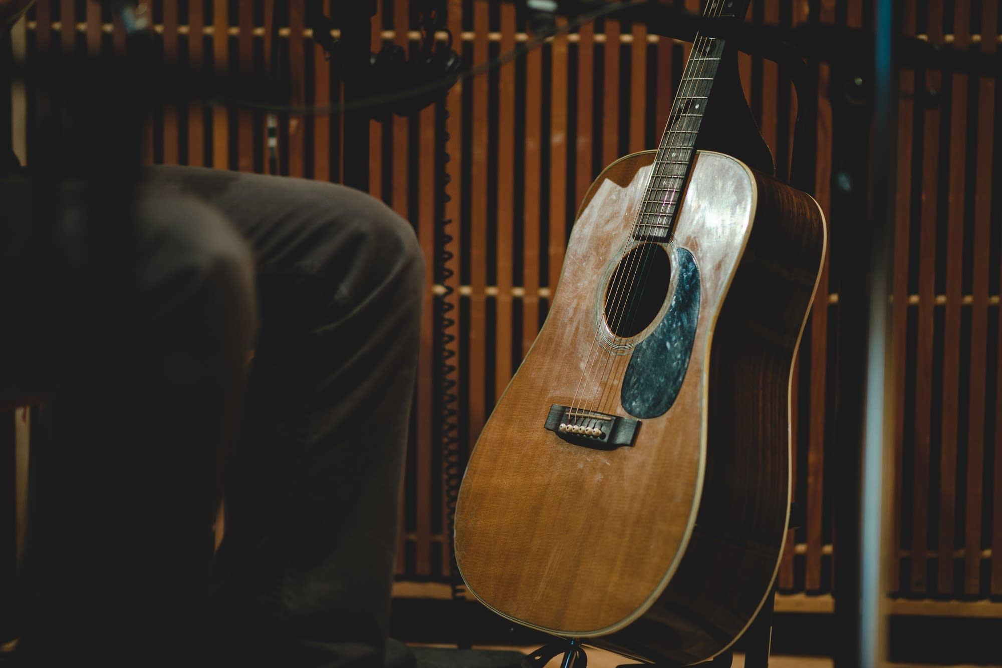 guitar, martin d-28, mason jennings