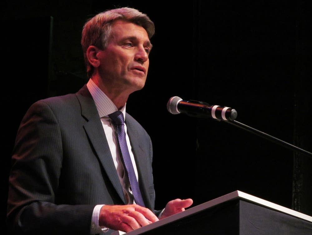 Minneapolis Mayor R. T. Rybak