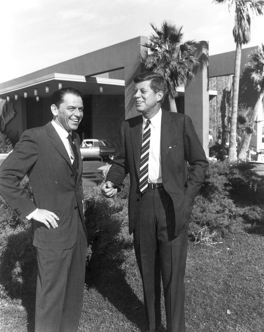 Frank Sinatra photo
