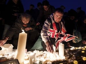 Candlelit vigil held for victims of the Westminster terror attack