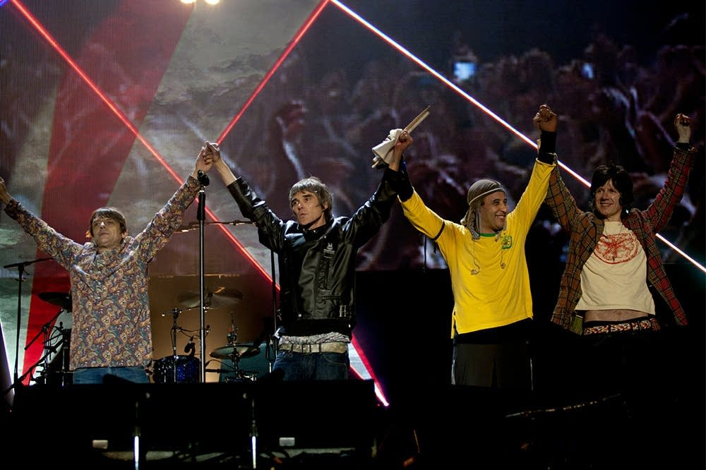 stone roses, made of stone