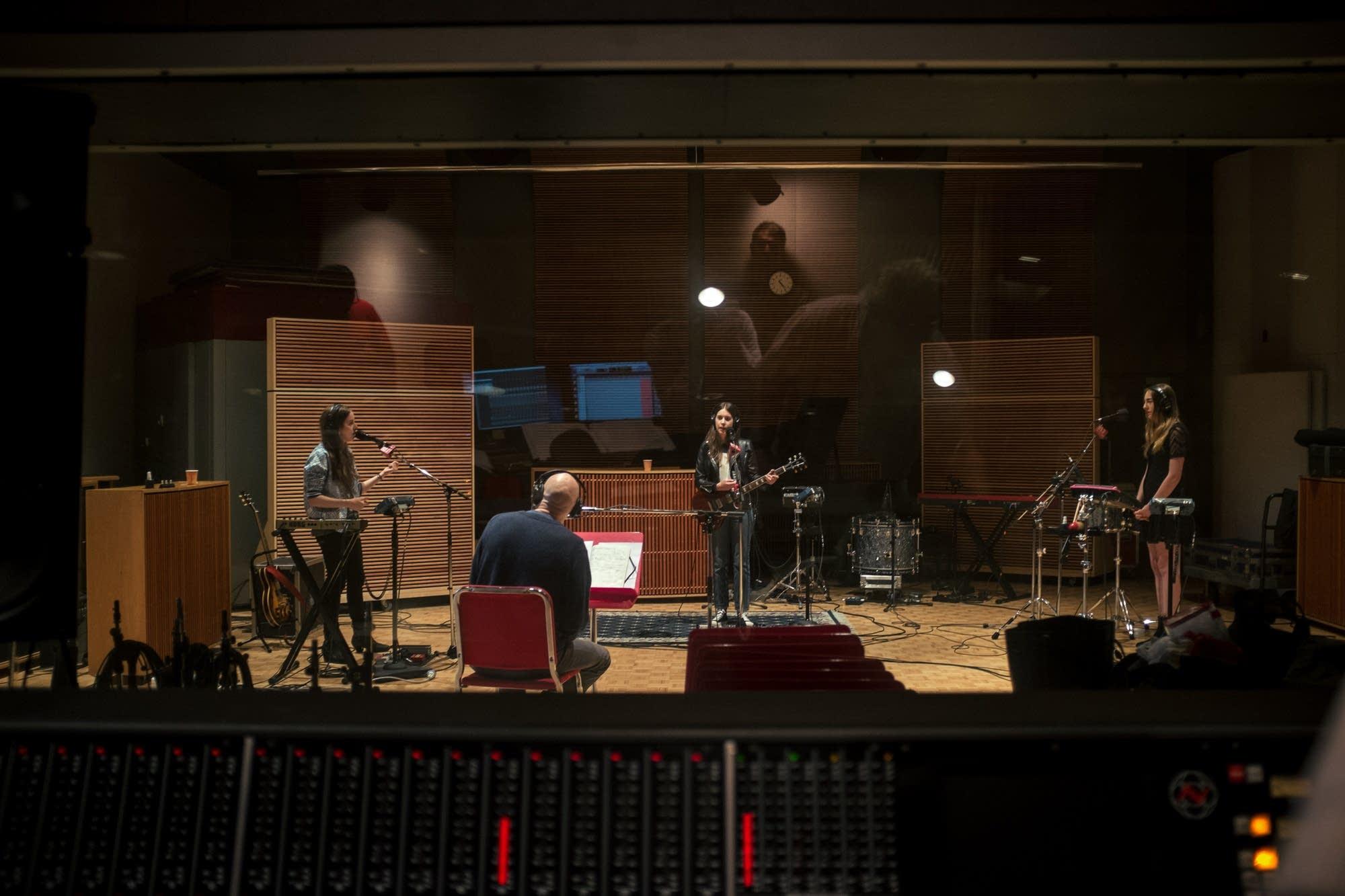 haim in studio 7