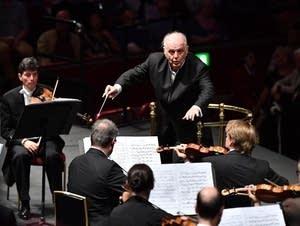 Barenboim conducts the Staatskapelle Berlin