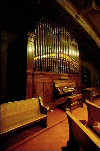 1886 Barckhoff organ at Saint Mary's Catholic Church, New Albany, IN