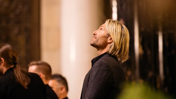 3010f1 20170310 eric whitacre singers perform in st paul 217