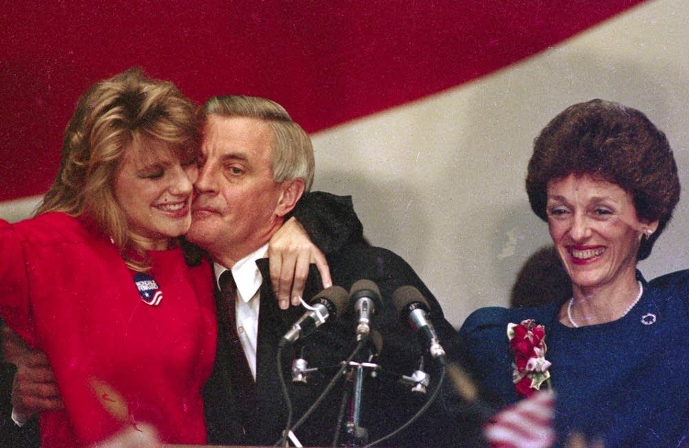 Mondale concedes, 1984
