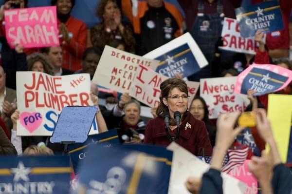 Sarah Palin campaigs in Virginia