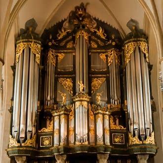 1691 Schnitger at the Martinikerk, Groningen, The Netherlands.