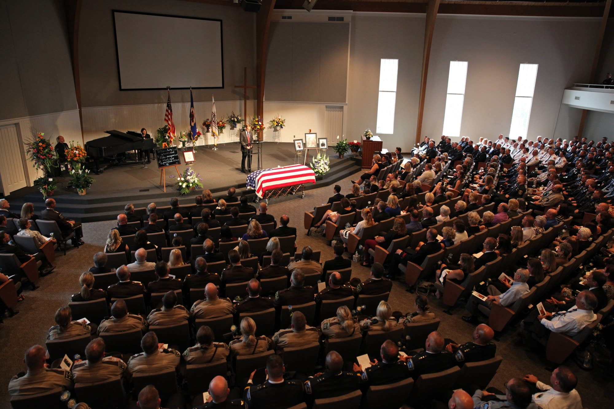 It was a morning of solemn ceremony at the Wayzata Free Church.