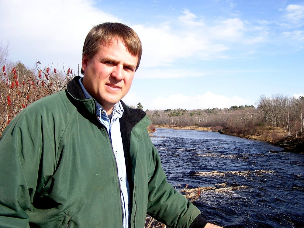 DNR fisheries expert