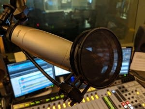 studio_microphone