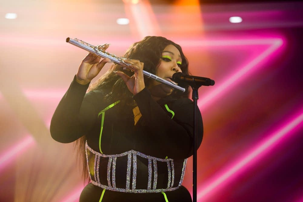 Lizzo performs on NBC's 'TODAY' show