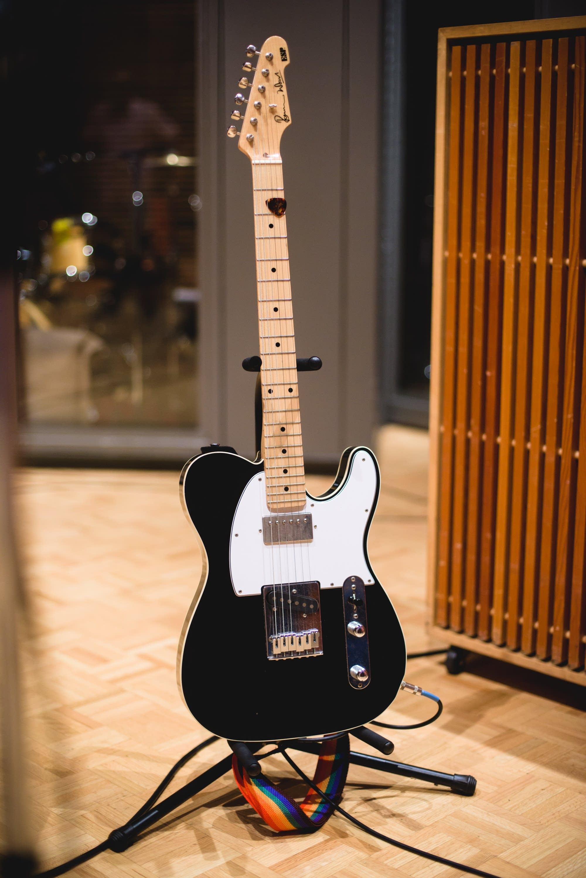 Esme Patterson's ESP Ronnie Wood guitar - portrait