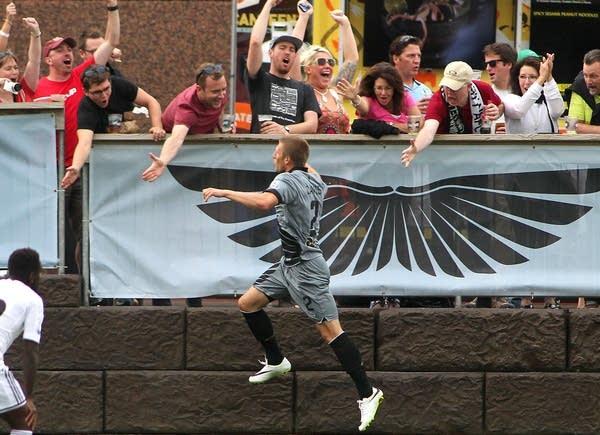 Minnesota United celebrates after goal