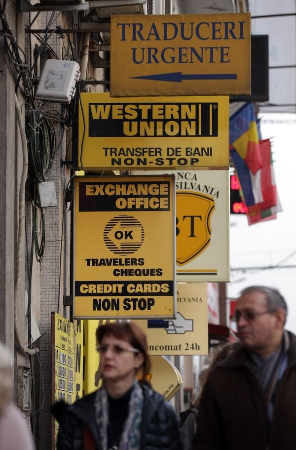 Currency exchange and Western Union office