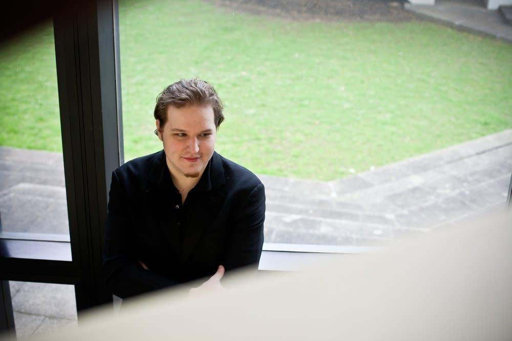 Pianist Lukas Vondracek