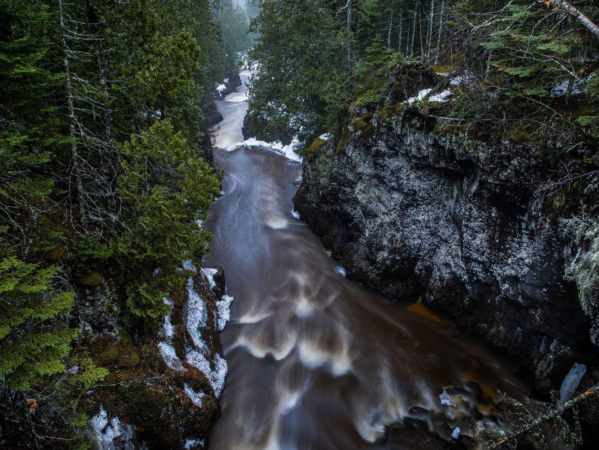The Cascade River makes its way through a gorge