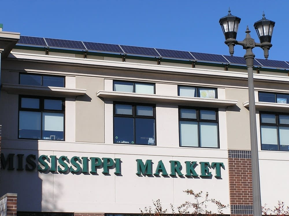 Solar panels on top of Mississippi Market