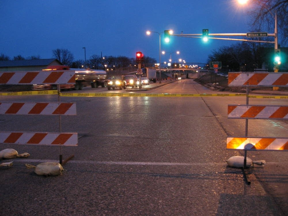DeSoto bridge detour