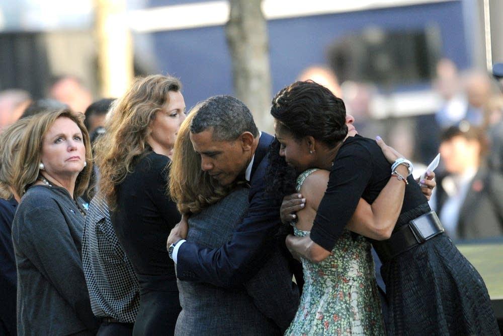Obamas greet family members