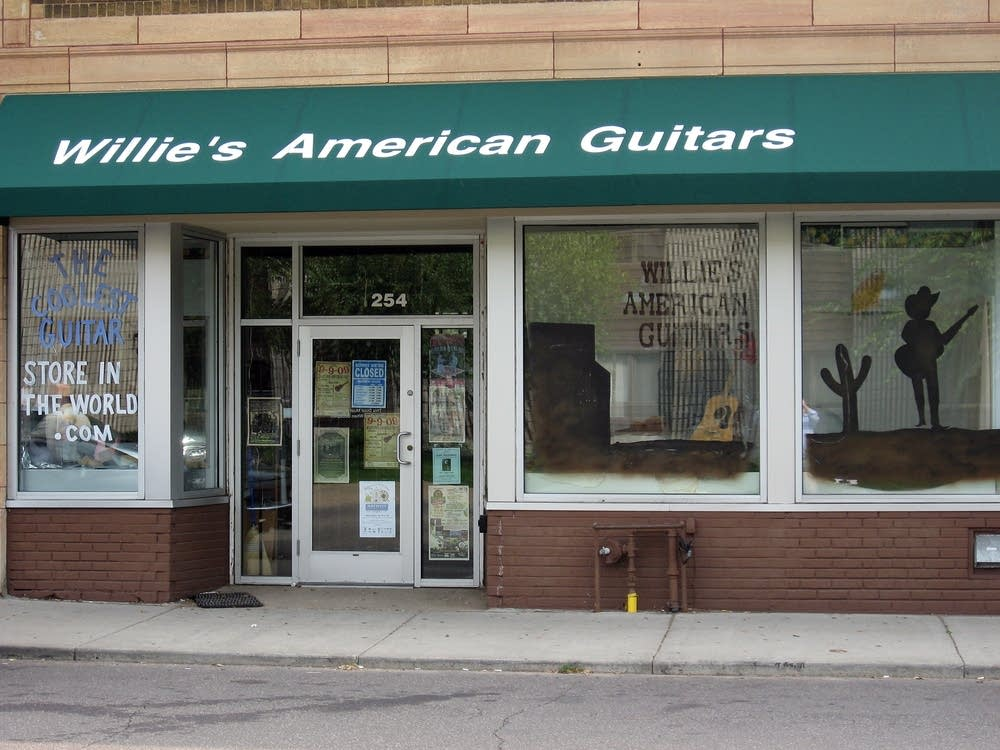 Willie's American Guitars