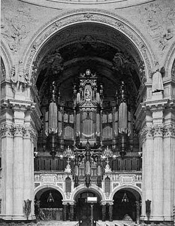 The 1905 Sauer organ of the Berlin Cathedral, Germany