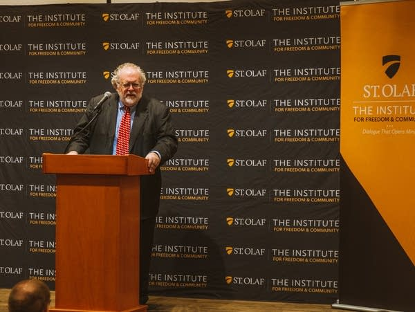 Walter Russell Mead speaks at St. Olaf College.