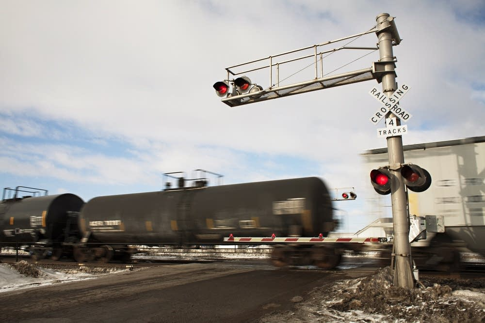 Rail crossing in Perham