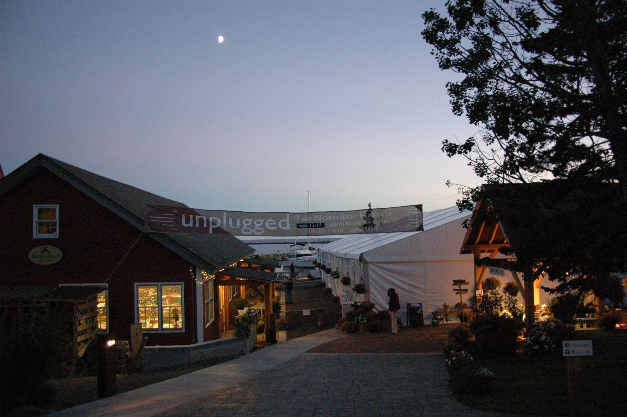 North House Folk School: Unplugged