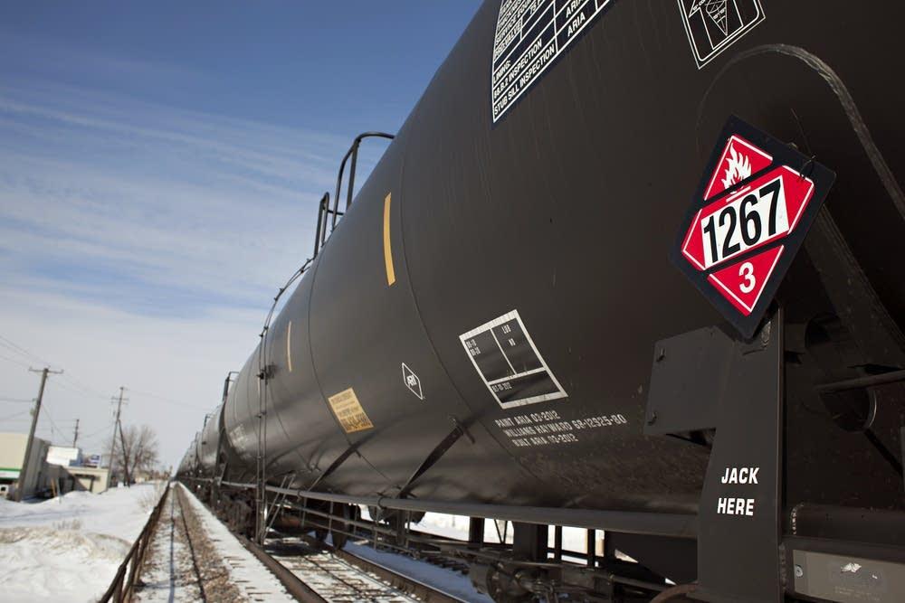 Oil cars in Fargo