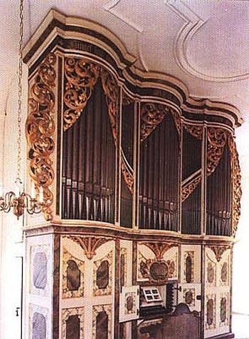 1737 Silbermann organ at Ponitz Village Church, Germany