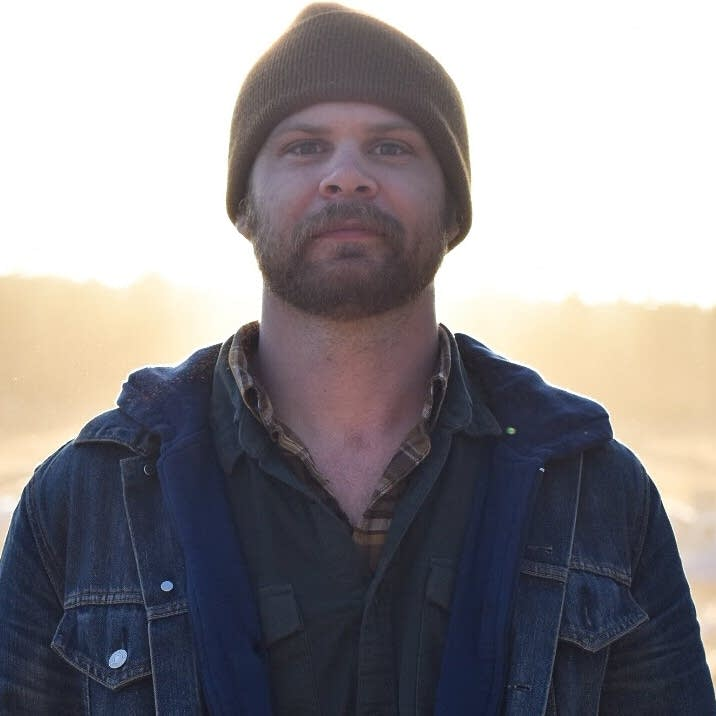 Singer-songwriter Lee Henke (web crop)
